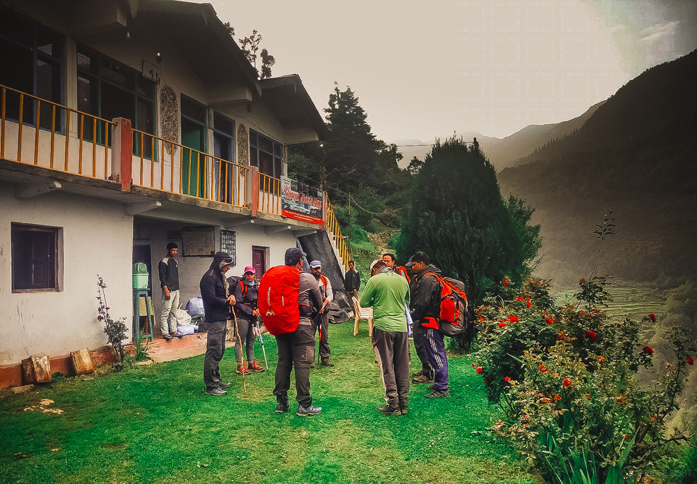 briefing session before trek - agoda